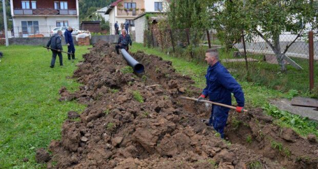Власеница : У насељу Брегови гради се колектор за одводњу оборинских вода